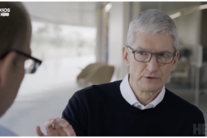 AppleクックCEO「プライバシー保護のためテクノロジー業界に規制は必要」