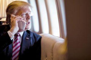 トランプ大統領、iPhoneの関税に「10%引き上げなら消費者は耐えられる」