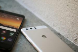iPhoneとHuaweiスマホは共にMade in China〜両者を隔てるものとは?