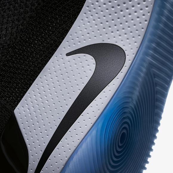 Nike、スマートスニーカー「Adapt BB」を発表