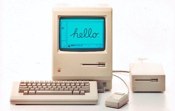 初代Macintosh発表から35周年、ジョブズ氏がバッグから取り出して披露
