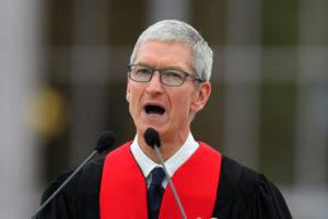 ティム・クック氏はAppleのCEO就任以来、一体いくら稼いだのか